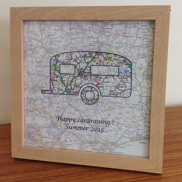 Personalised map - Holiday memories UK (free delivery)