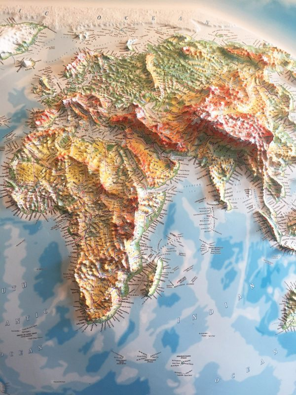 3D raised relief map of the World (Free delivery in the  UK)